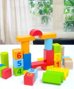 Set 40 cuburi constructie din lemn