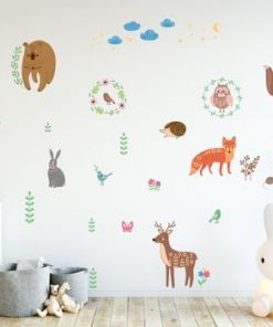 Set autocolante pentru perete Ambiance Scandinavian Animals of The Forest