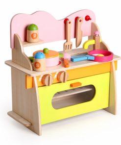 Bucatarie de jucarie din lemn - joc de rol pentru copii.