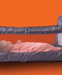 Patut compact bebelusi tip geanta pentru calatorii
