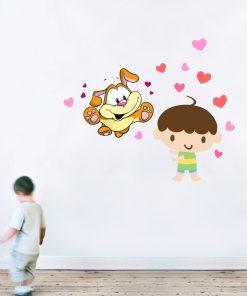 Stickere perete copii Baietel cu catelus - 70 x 43 cm