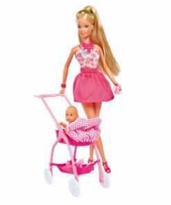 Papusa Steffi in rochita roz cu carucior bebe
